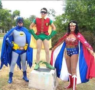 batman-robin-wonder-woman